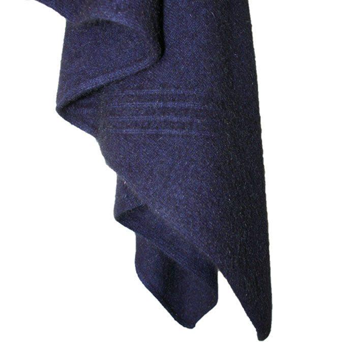 Possum & Cashmere Cirrus Wrap in Zephyr Detail