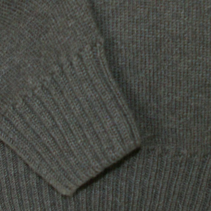 Possum Merino Mens Tasman Half Zip Jumper in Hunter Green Cuff Detail