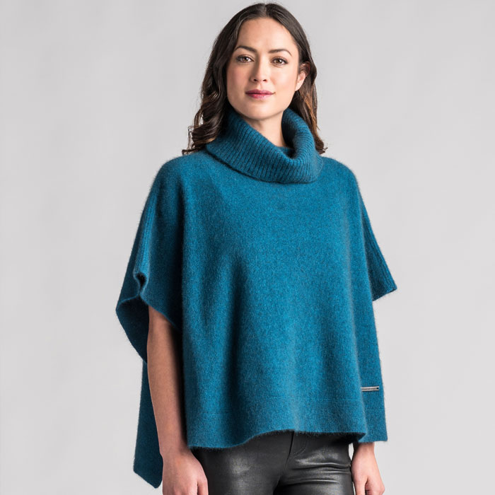 Merino Mink Lanarch Cape in Crevasse