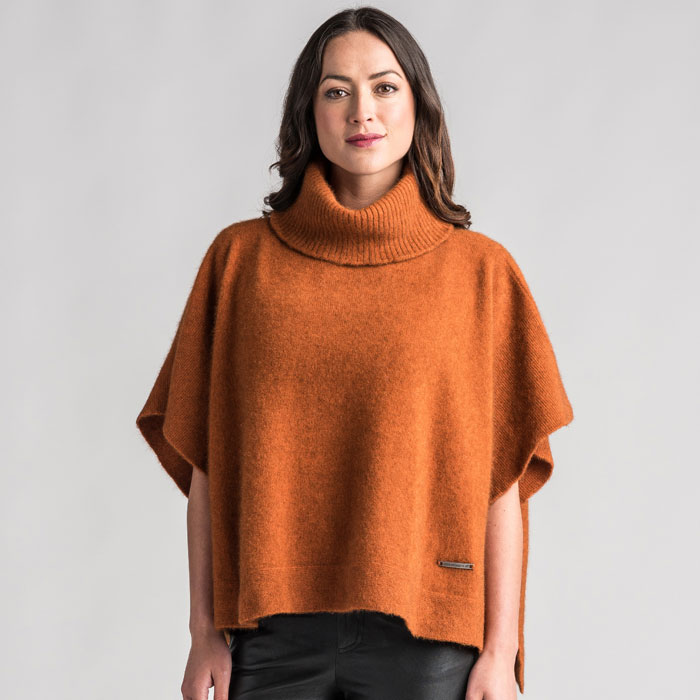 Merino Mink Lanarch Cape in Paprika