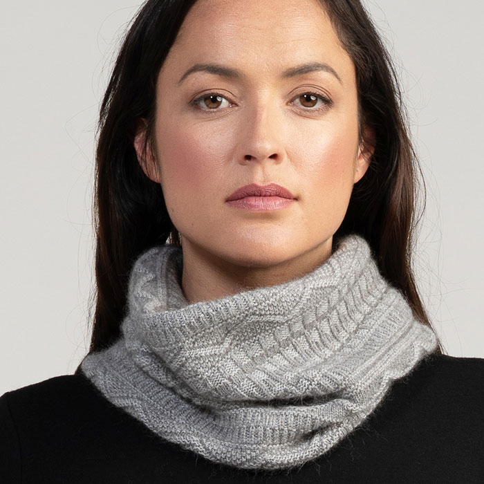 Merino Mink Peak Snood in Loft