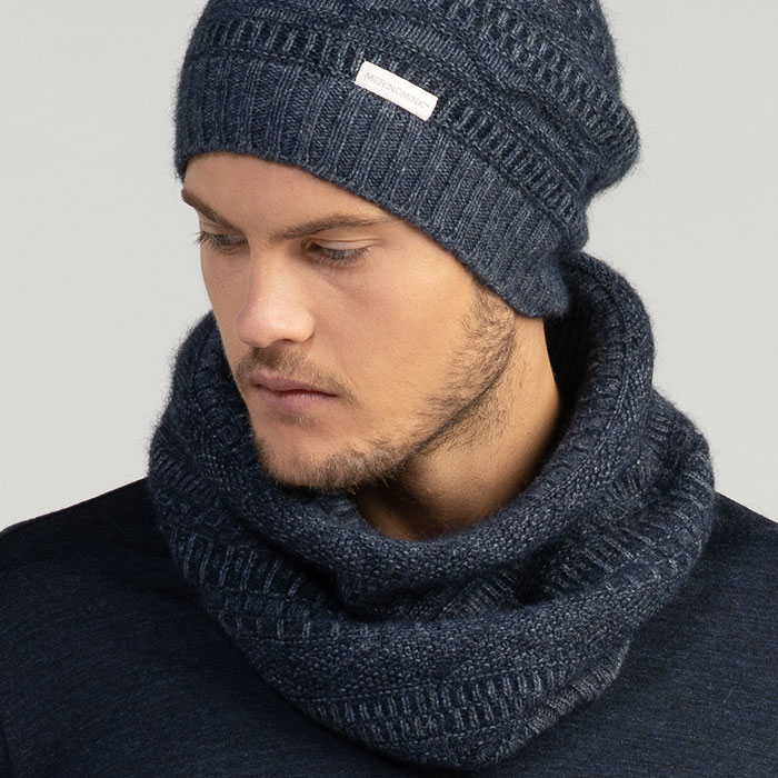 Merino Mink Peak Snood in River