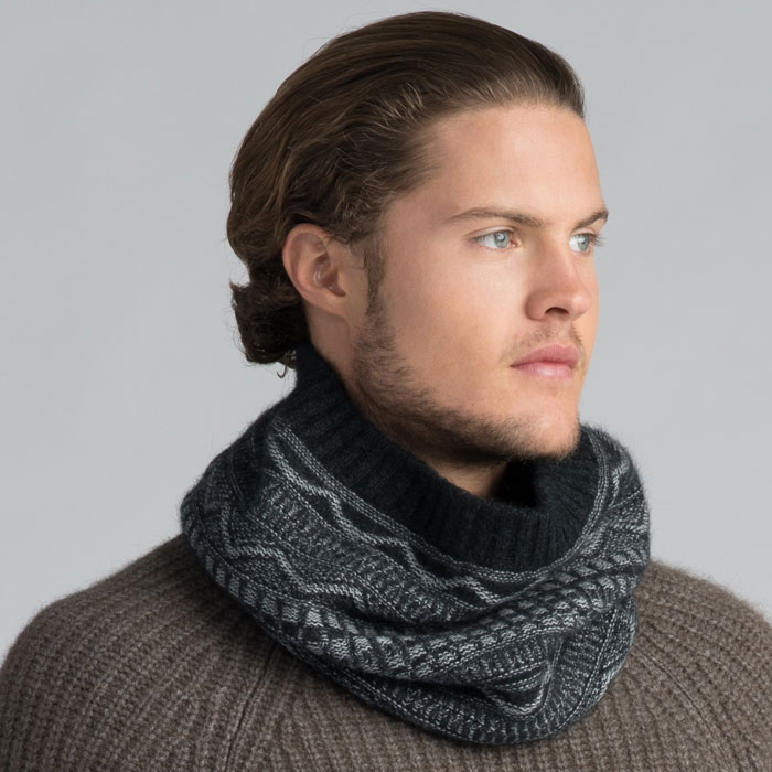 Possum Merino Peak Snood in Graphite