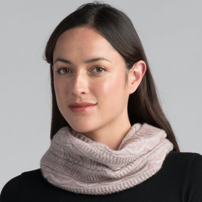 Possum Merino Peak Snood in Wistful