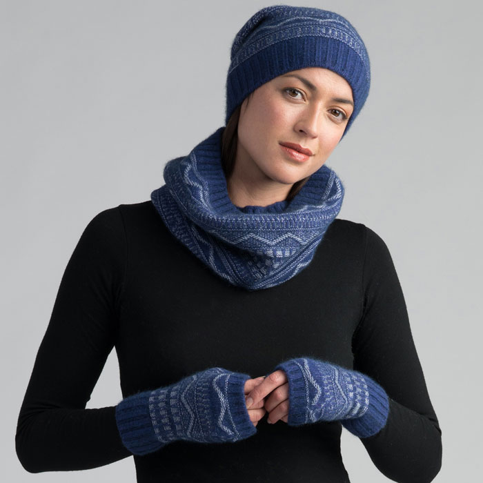 Possum Merino Peak Beanie Hat, Snood & wristwarmers in Duke