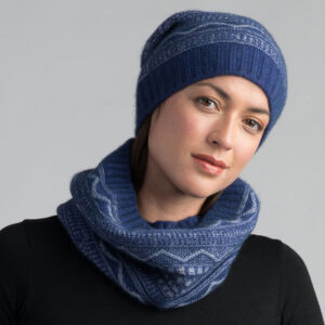 Possum Merino Peak Snood in Duke