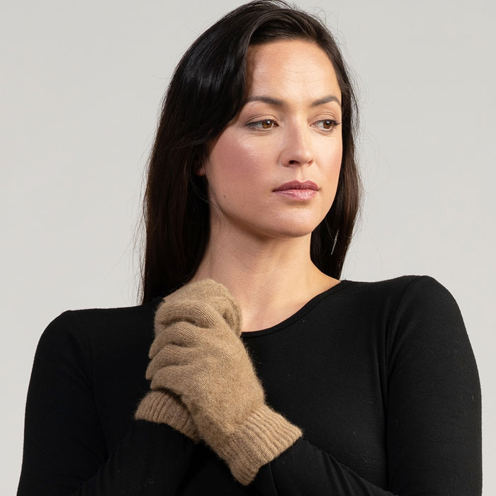 MM Gloves in Camel 2