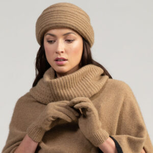 MM Gloves in Camel