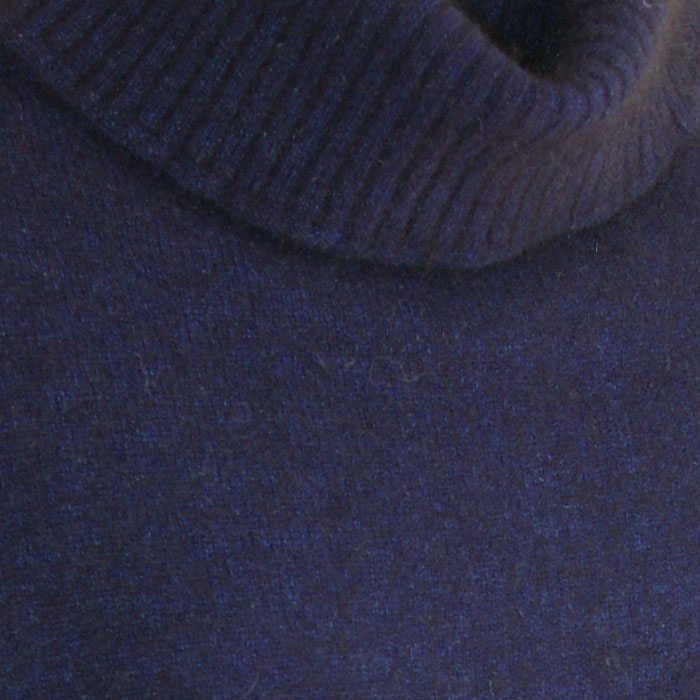 Possum Merino Lanarch Cape Navy Collar Detail