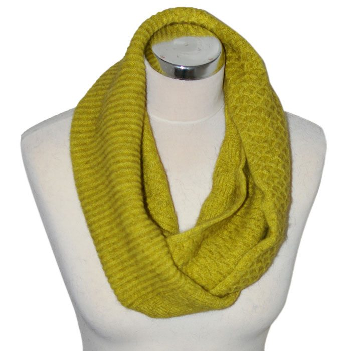 Merino Mink Texture Loop Scarf in Golden Pearl