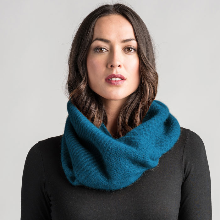 Merino Mink Textured Loop Scarf in Crevasse