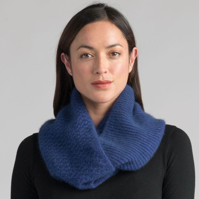 Possum Merino Textured Loop Scarf in Duke